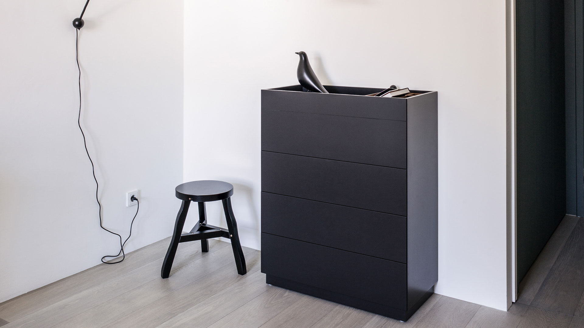 sch nbuch dielenm bel und garderoben bei prinz wohnen. Black Bedroom Furniture Sets. Home Design Ideas