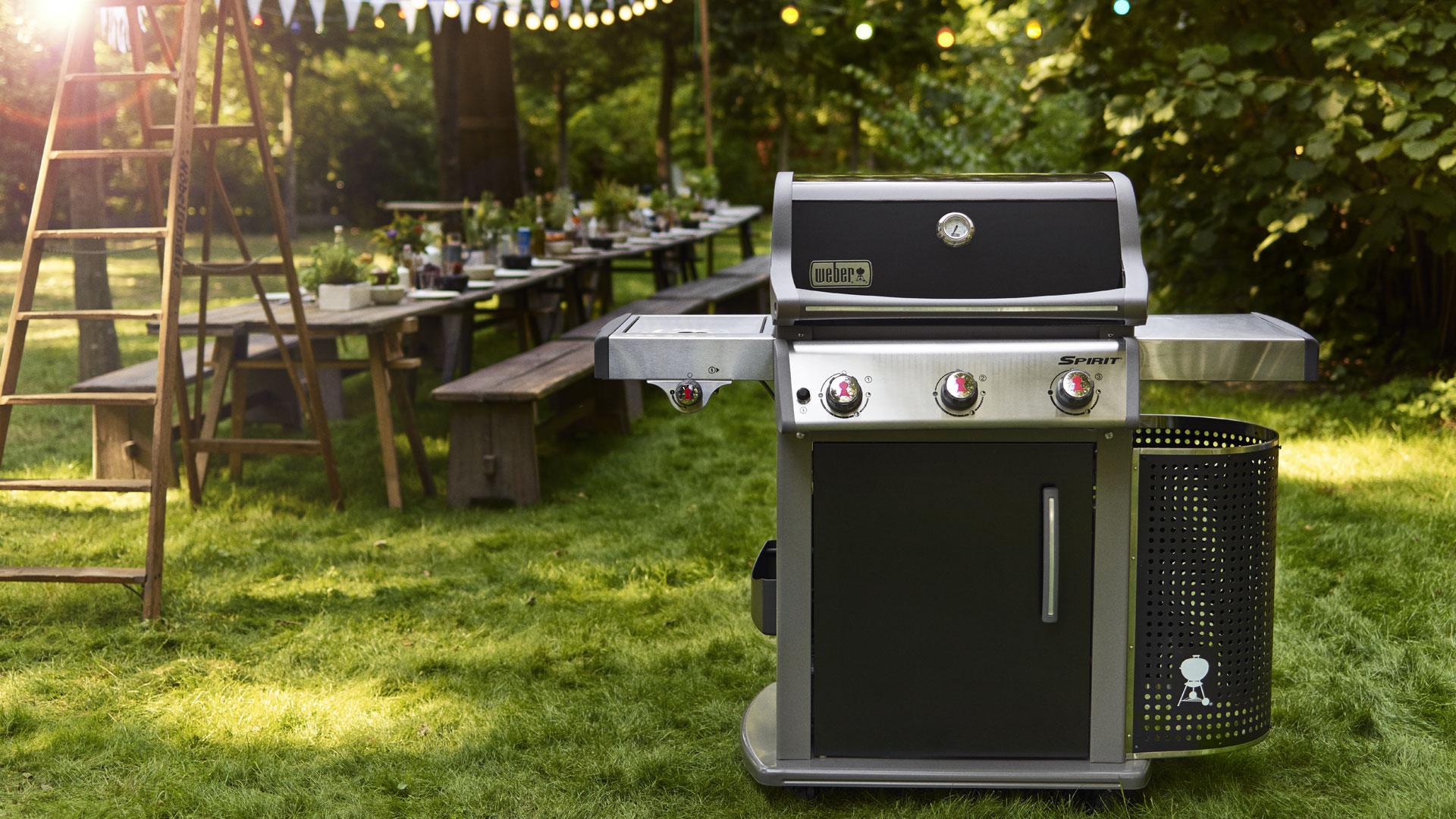 Outdoorküche Weber Q1200 : Outdoorküche weber q1200: holz und gasgrill im vergleich