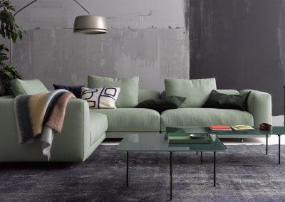 Sofa Moss von Cor mit grünem Stoffbezug