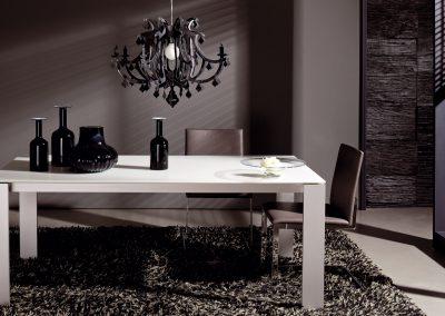 Tisch ET1000 von Hülsta Auführung Aluminiumgestell und Optiwhite Glasplatte