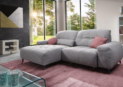 Sofa Gladiola Plus von Ewald Schillig mit grauem Stoffbezug