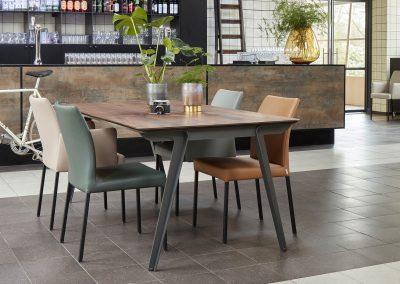 Tisch Jazz und Sessel Ultimo von Bert Plantagie