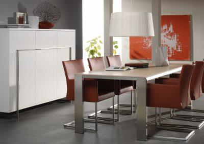 Tisch Edge und Armlehnstuhl Tidy von Bert Plantagie