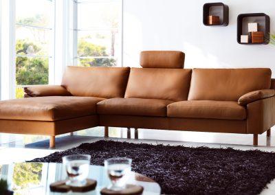 Sofa Classic 650 von Erpo mit braunem Lederbezug