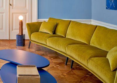Sofa Rego von Leolux in Senfgelb